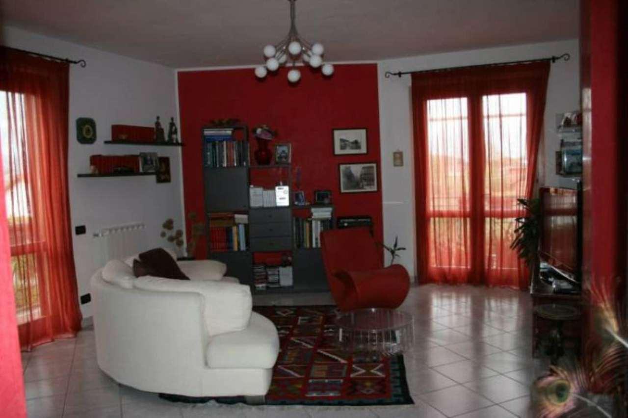 Appartamento in vendita a Ameglia, 4 locali, prezzo € 195.000   Cambio Casa.it