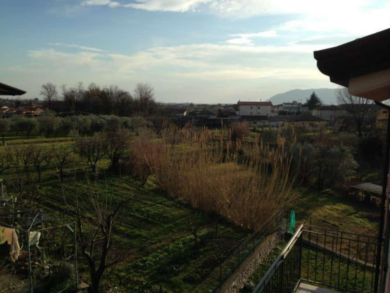 Soluzione Semindipendente in vendita a Castelnuovo Magra, 9999 locali, prezzo € 250.000 | Cambio Casa.it