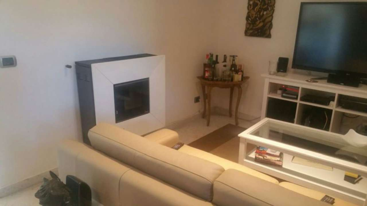 Soluzione Semindipendente in vendita a Sarzana, 5 locali, prezzo € 250.000 | Cambio Casa.it