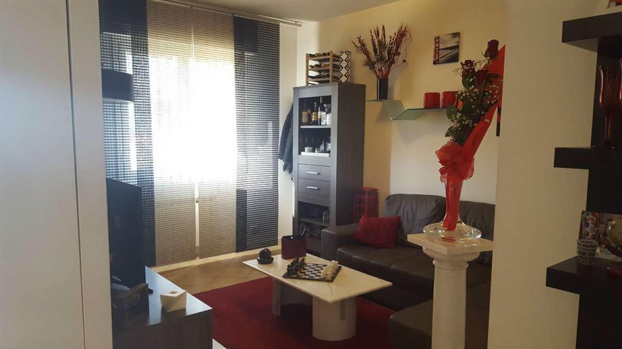 Appartamento in vendita a Sarzana, 3 locali, prezzo € 130.000 | CambioCasa.it