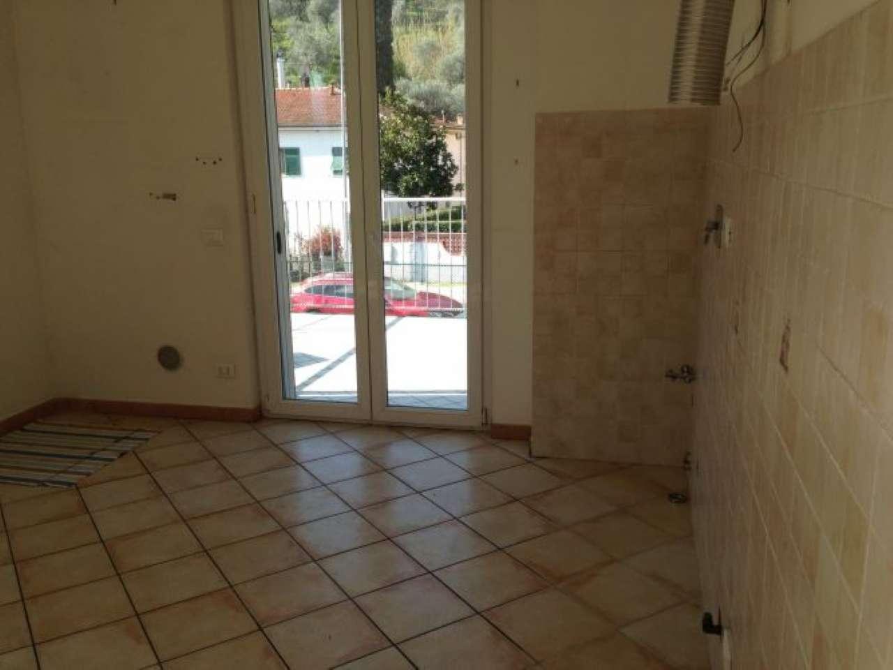 Appartamento in vendita a Arcola, 3 locali, prezzo € 150.000 | CambioCasa.it