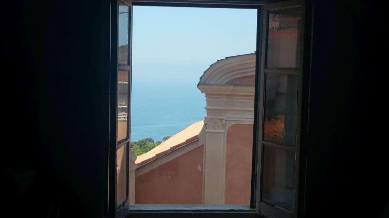 Appartamento in vendita a Ameglia, 3 locali, prezzo € 155.000 | Cambio Casa.it