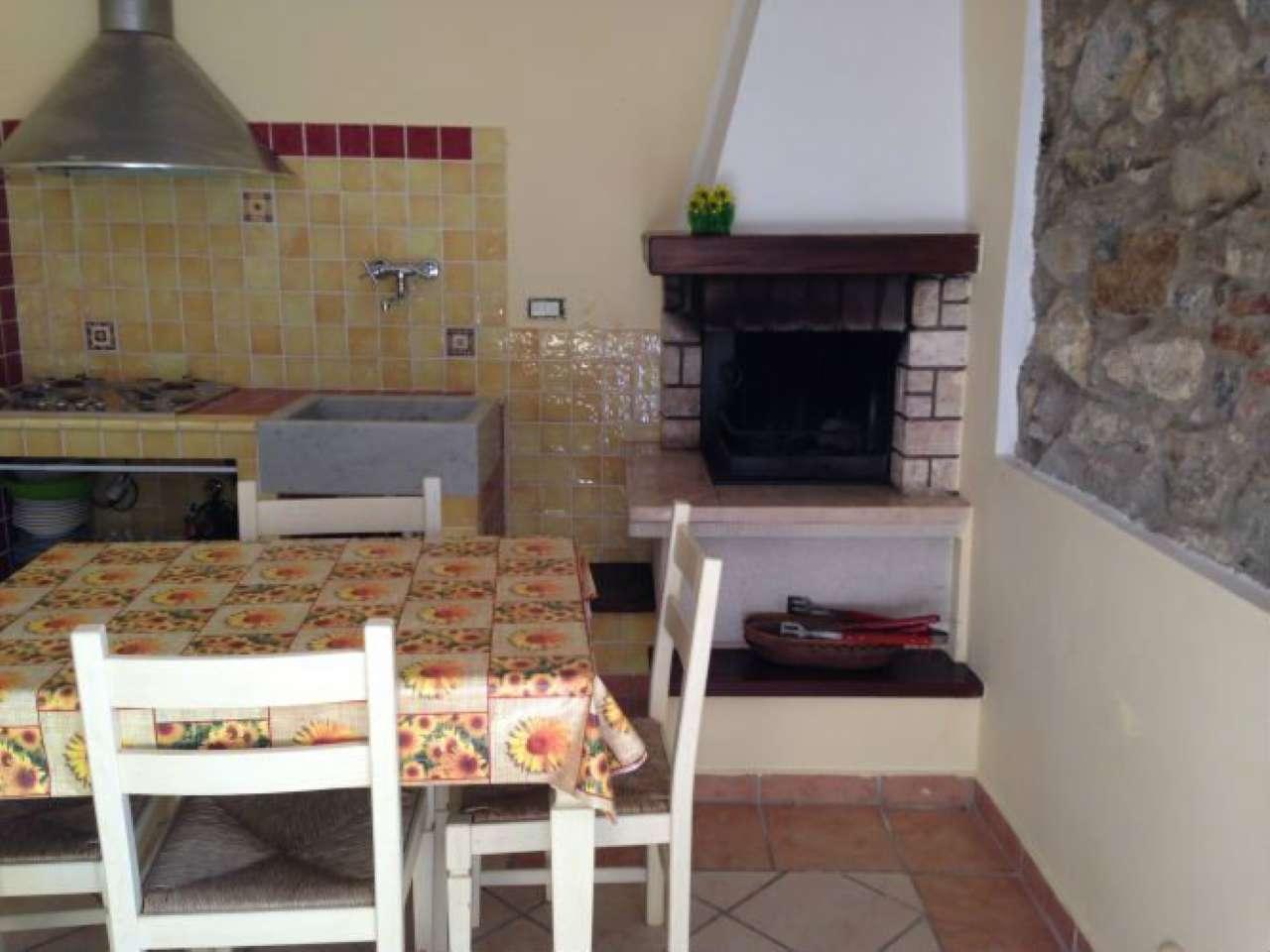 Appartamento in vendita a Fosdinovo, 2 locali, prezzo € 85.000 | Cambio Casa.it