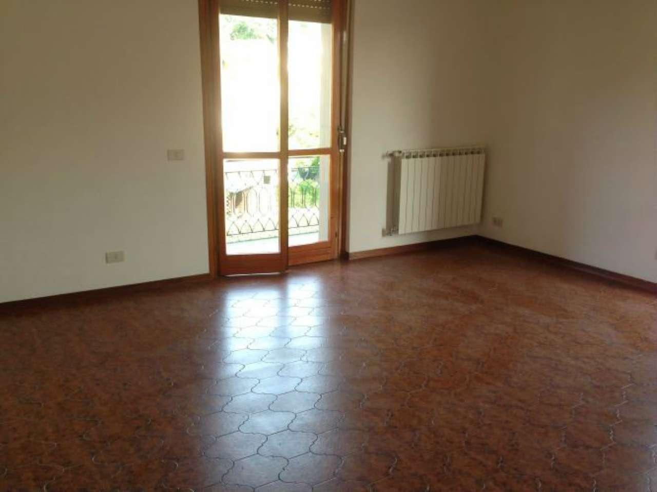 Appartamento in vendita a Arcola, 5 locali, prezzo € 220.000   CambioCasa.it