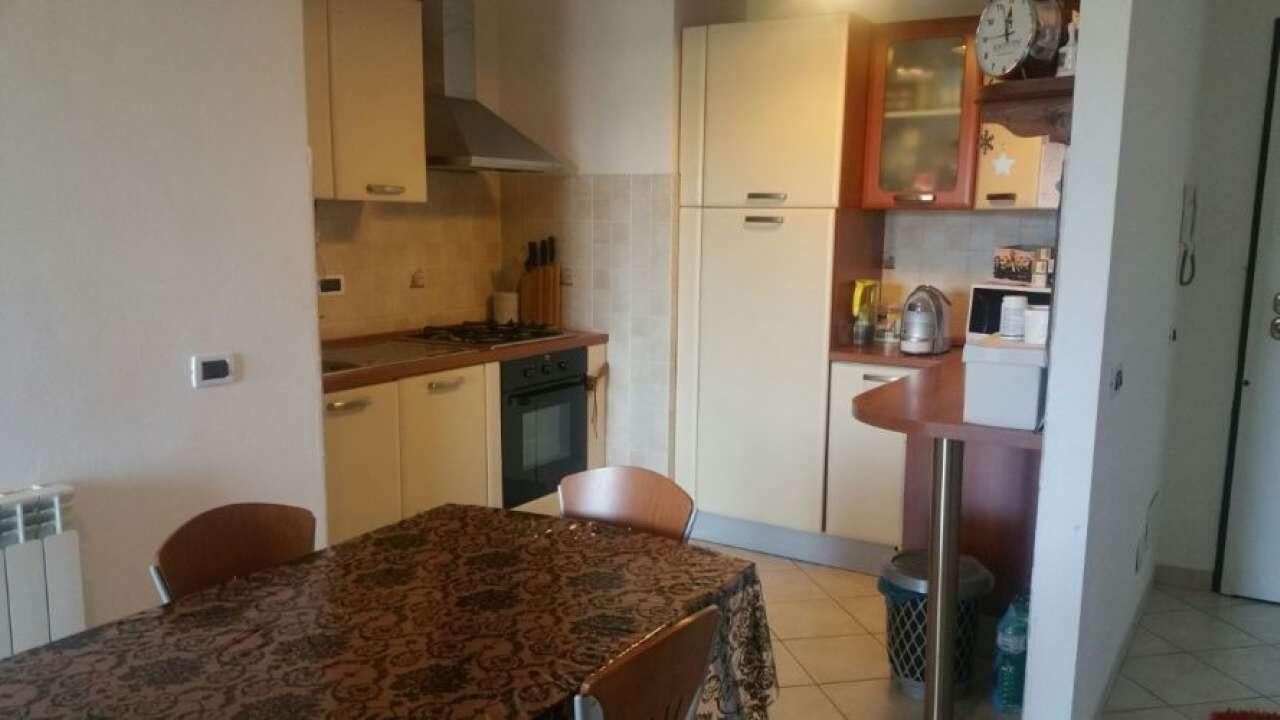 Appartamento in vendita a Sarzana, 4 locali, prezzo € 140.000 | CambioCasa.it