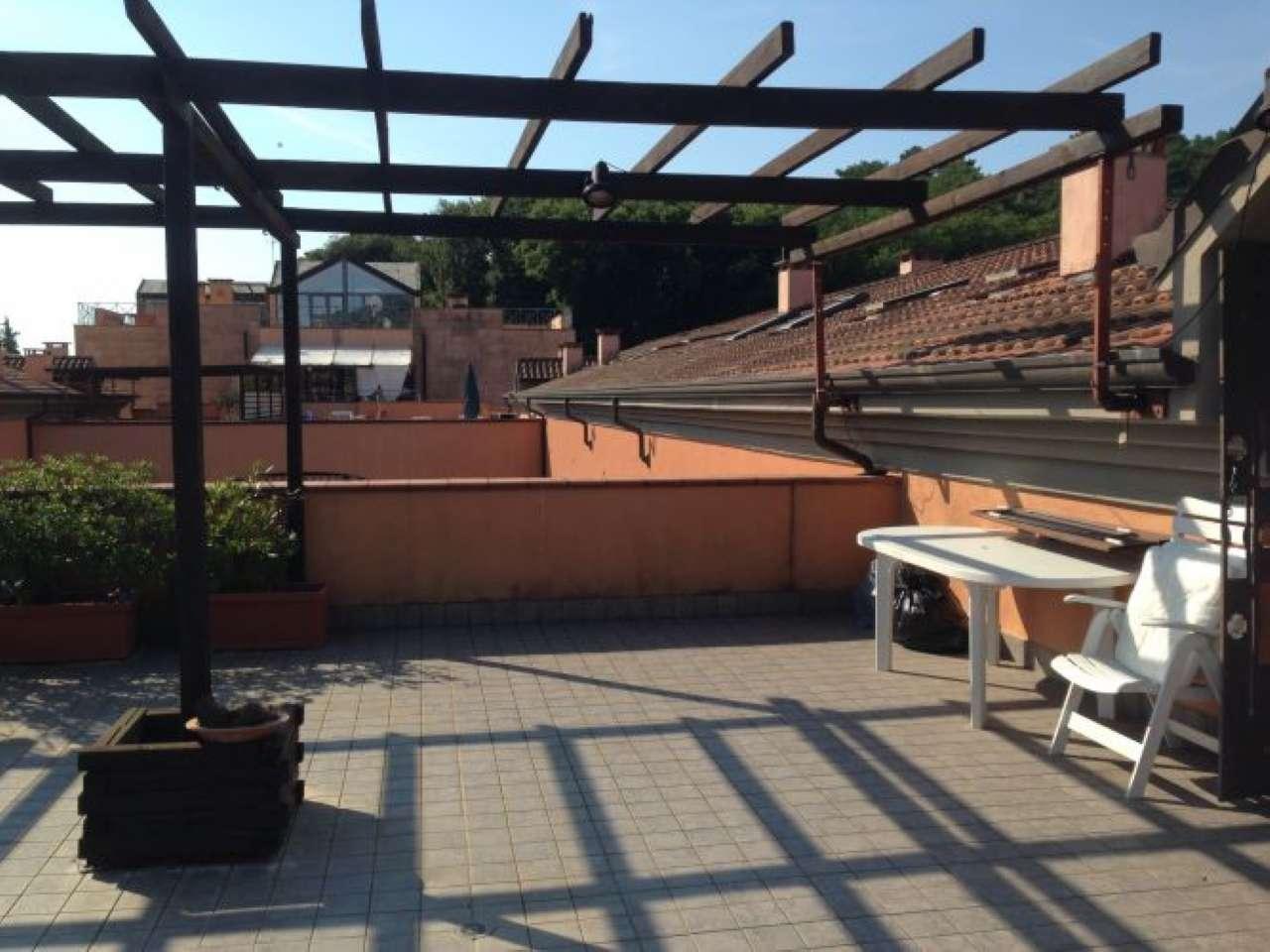 Appartamento in vendita a Ameglia, 7 locali, prezzo € 430.000 | CambioCasa.it