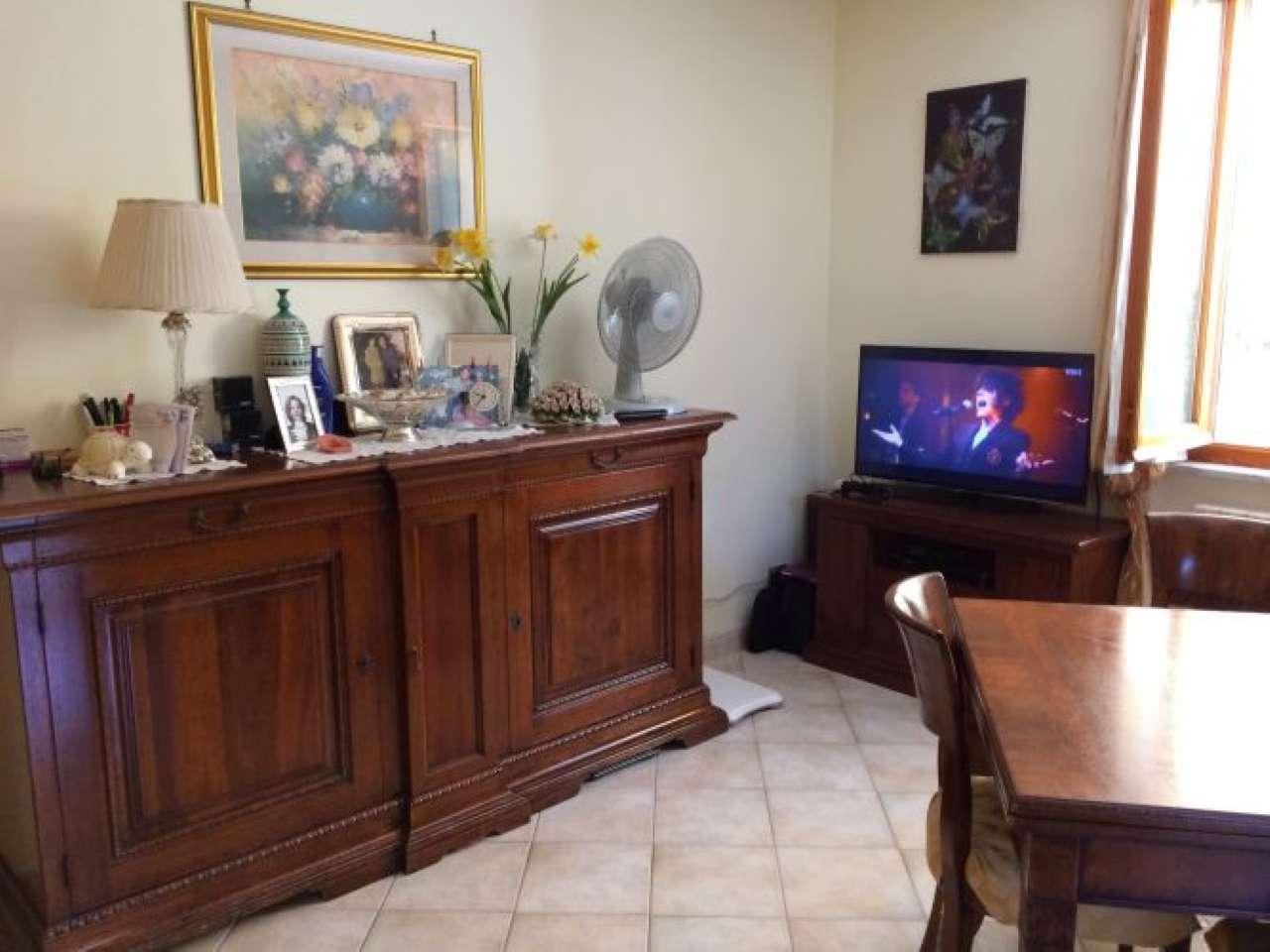 Appartamento in vendita a Sarzana, 4 locali, prezzo € 210.000 | CambioCasa.it