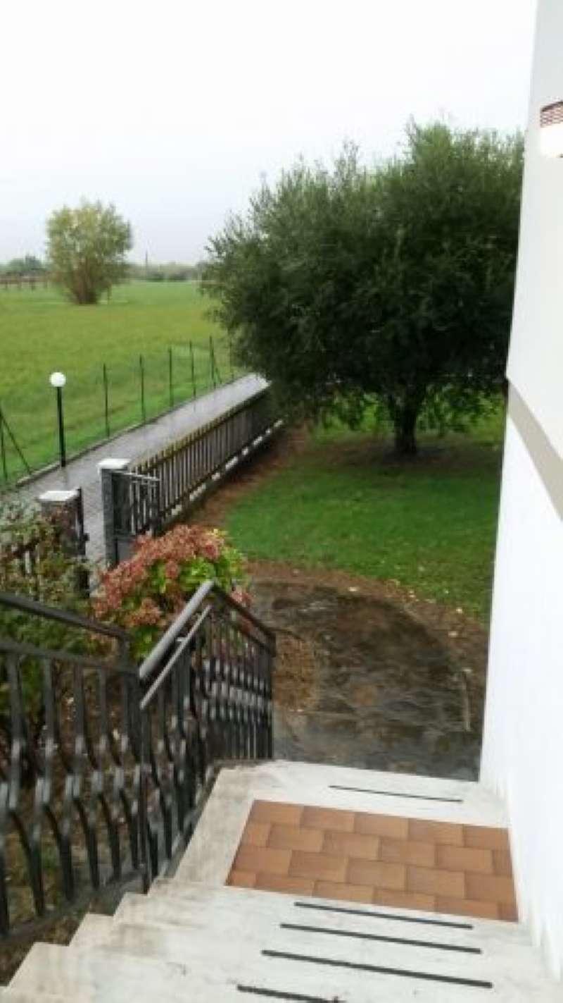 Foto 1 di Casa indipendente frazione Fiumaretta, Ameglia