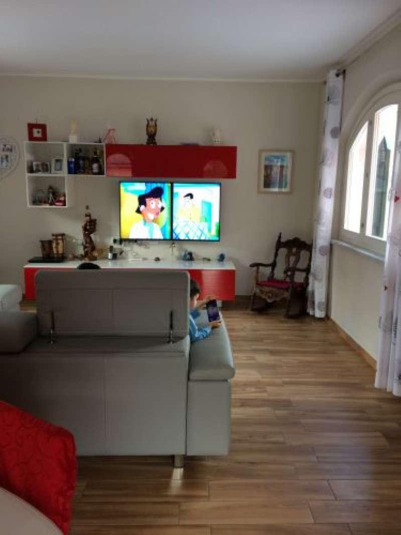 Foto 1 di Porzione di casa frazione Bocca Di Magra, Ameglia