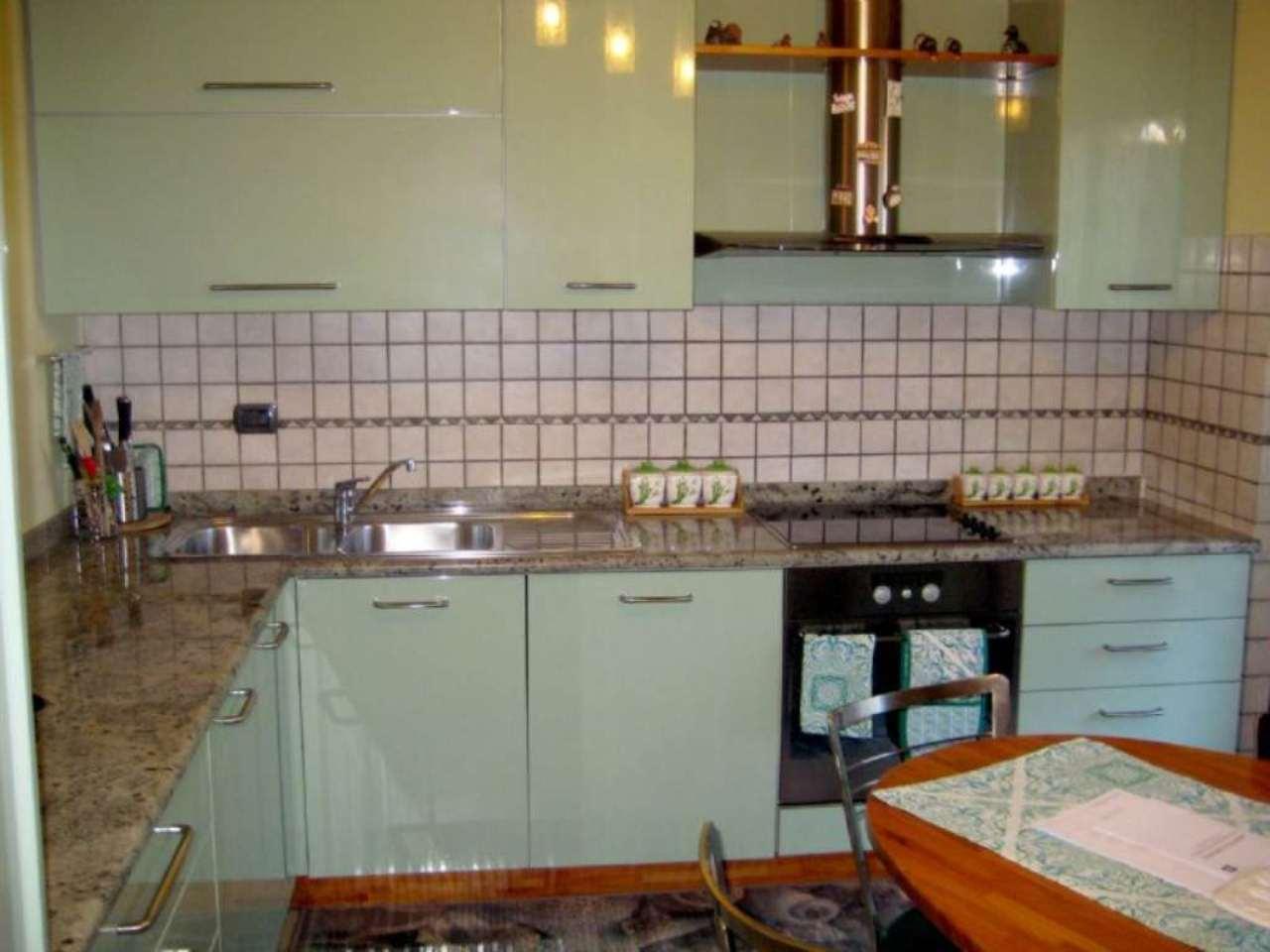 Villa in vendita a Cesano Maderno, 5 locali, prezzo € 329.000 | Cambio Casa.it
