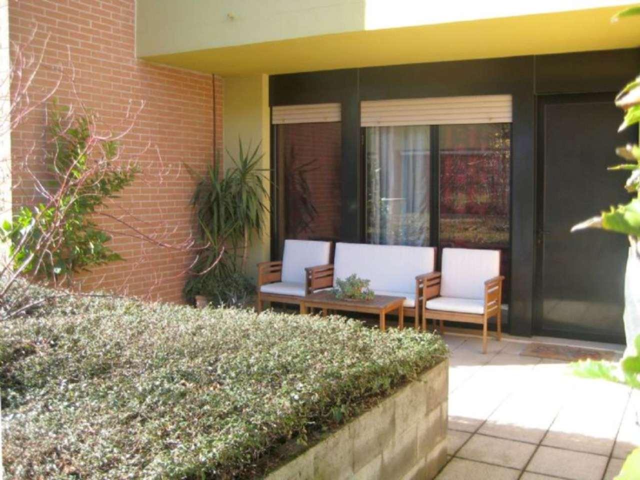 Villa in vendita a Cesano Maderno, 5 locali, prezzo € 329.000 | CambioCasa.it