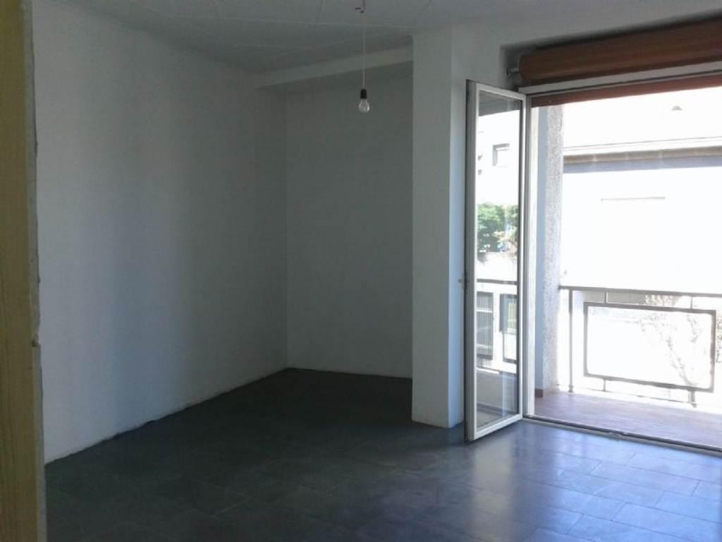 Appartamento in affitto a Cesano Maderno, 3 locali, prezzo € 650 | Cambio Casa.it