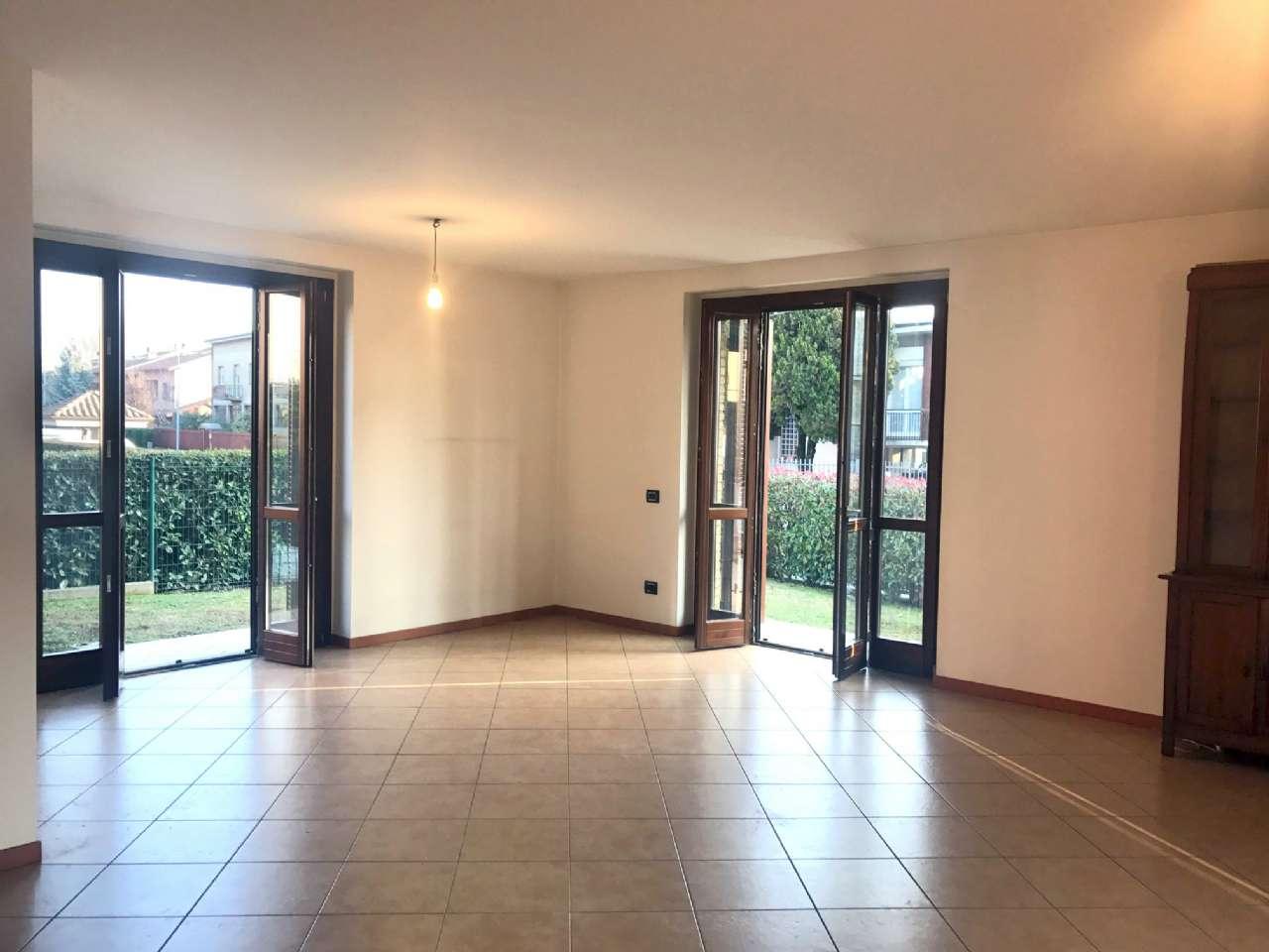 Villa in vendita a Meda, 6 locali, prezzo € 475.000 | Cambio Casa.it
