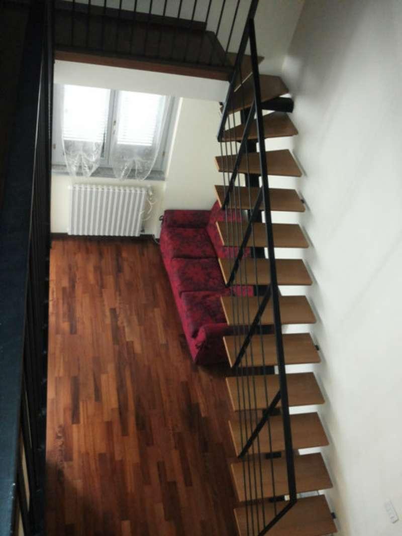 Appartamento in affitto a Barlassina, 2 locali, prezzo € 500 | CambioCasa.it