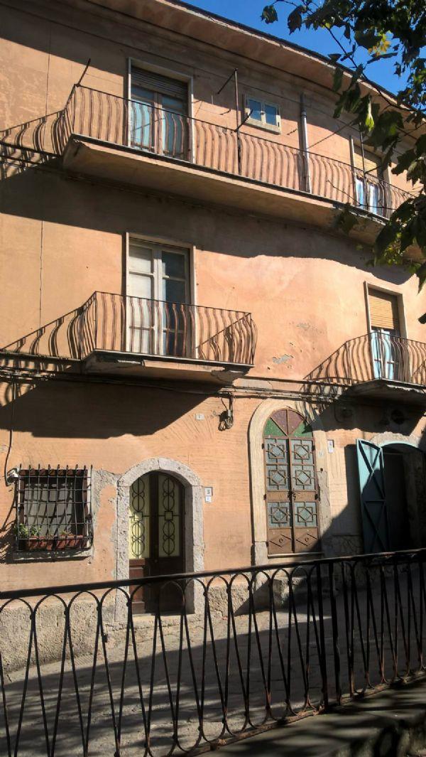 Altro in vendita a Calvanico, 8 locali, prezzo € 43.000 | CambioCasa.it