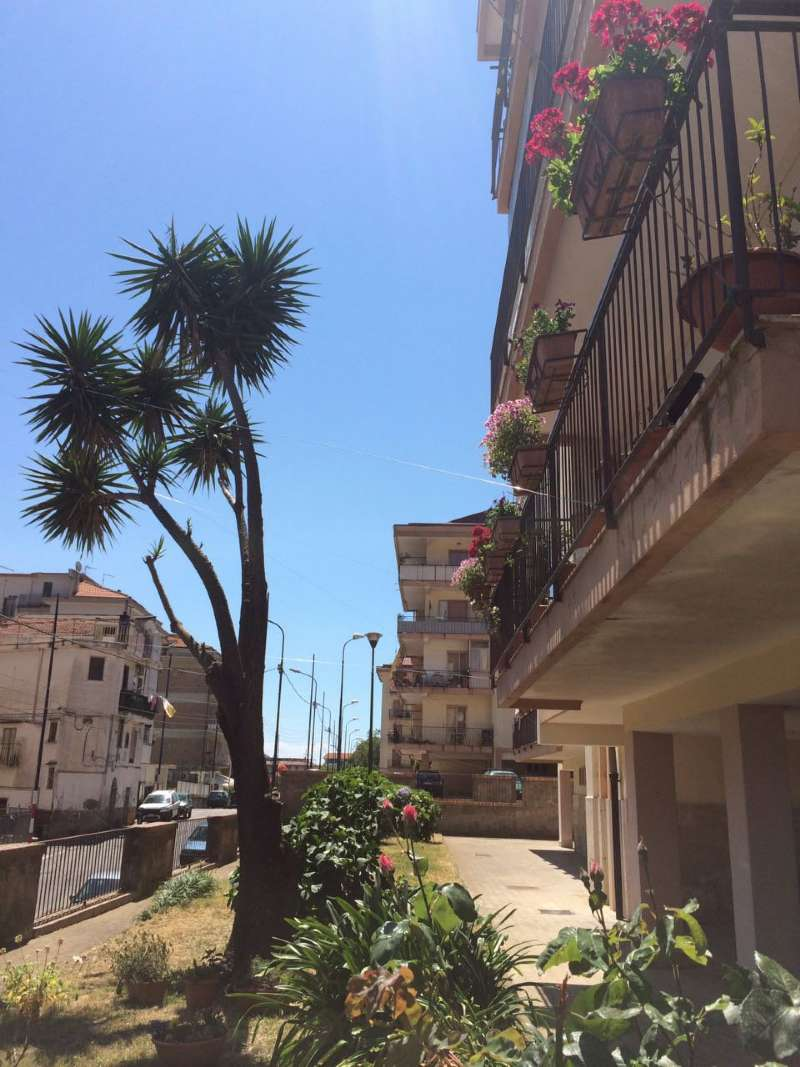 Appartamento in vendita a Cava de' Tirreni, 5 locali, prezzo € 220.000 | CambioCasa.it