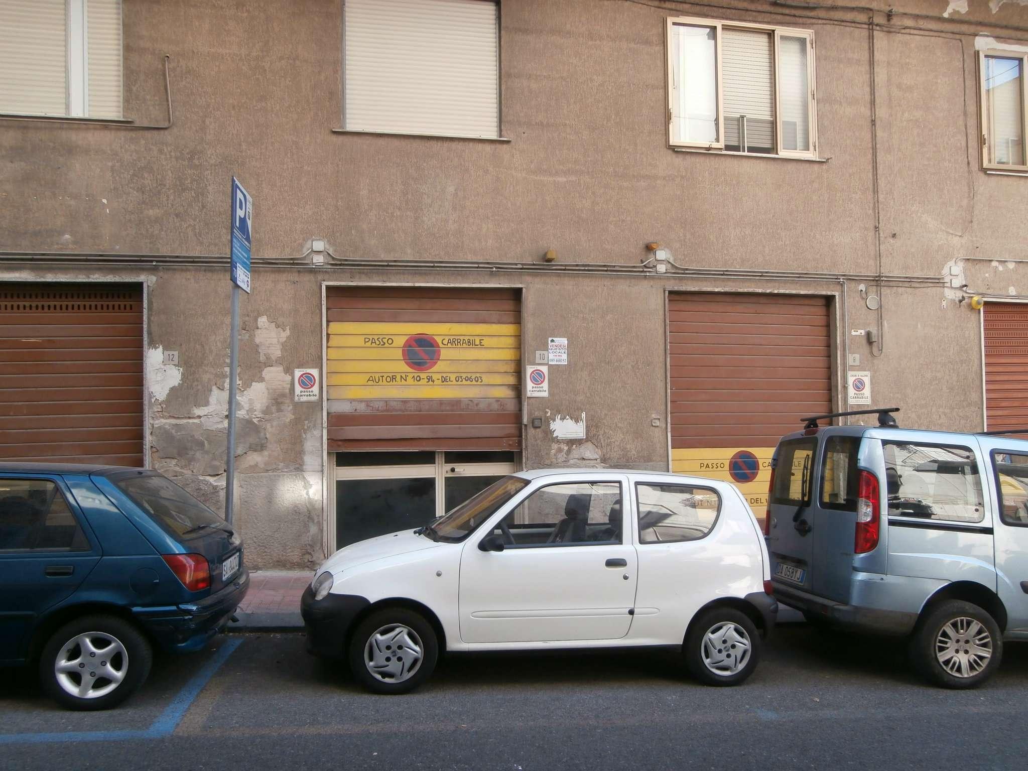 Magazzino in vendita a Salerno, 1 locali, prezzo € 135.000 | CambioCasa.it