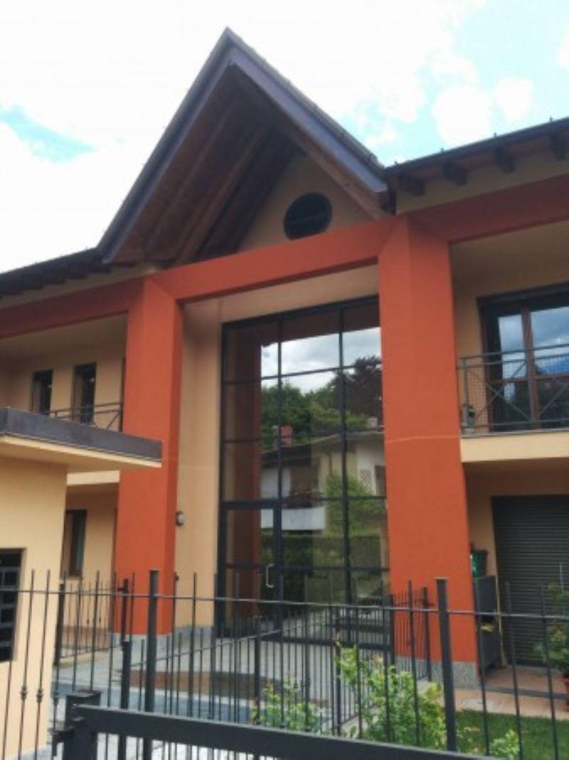 Attico / Mansarda in vendita a Varese, 5 locali, prezzo € 349.000 | Cambio Casa.it