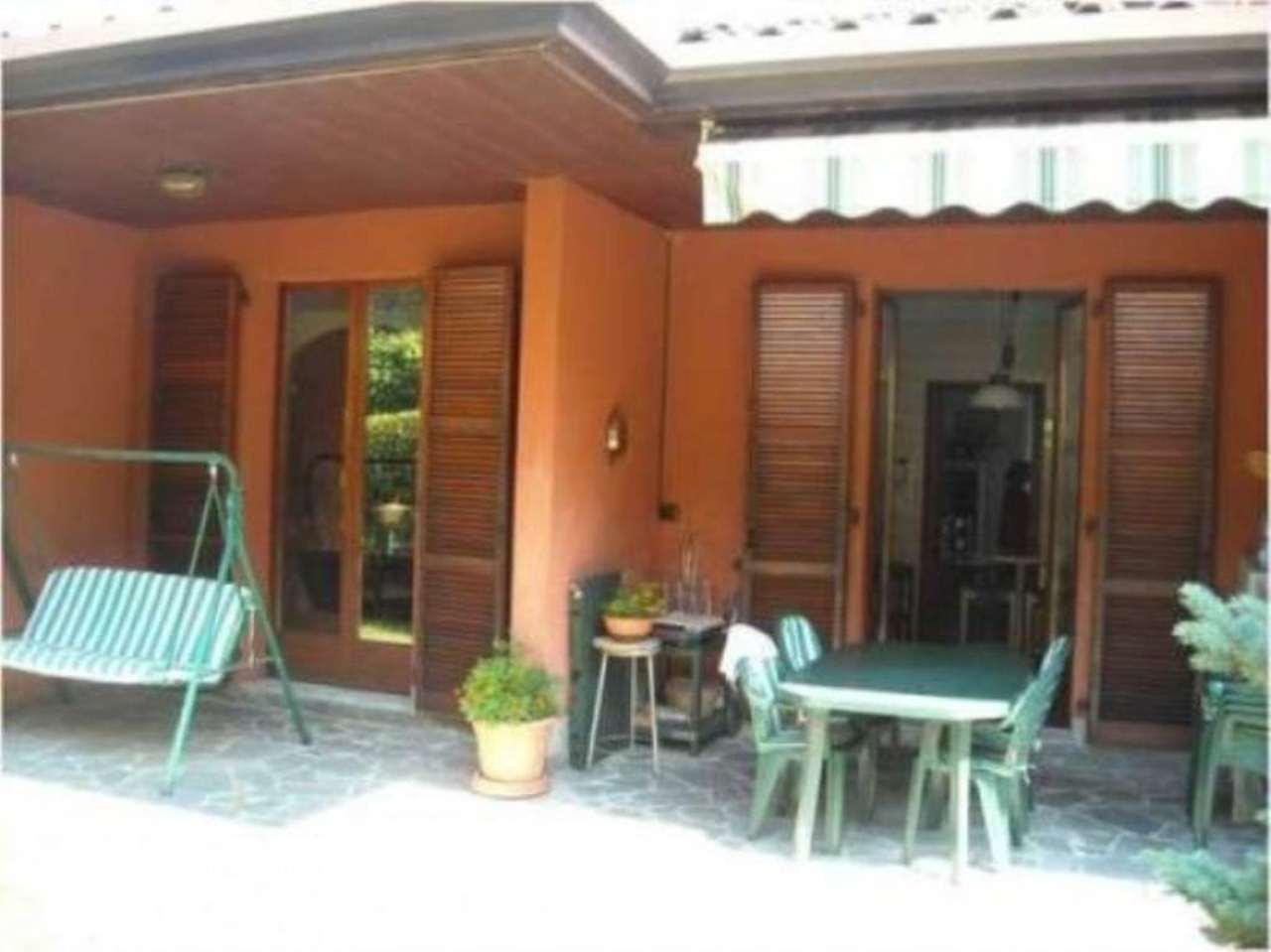 Villa in vendita a Varese, 6 locali, prezzo € 510.000 | Cambio Casa.it