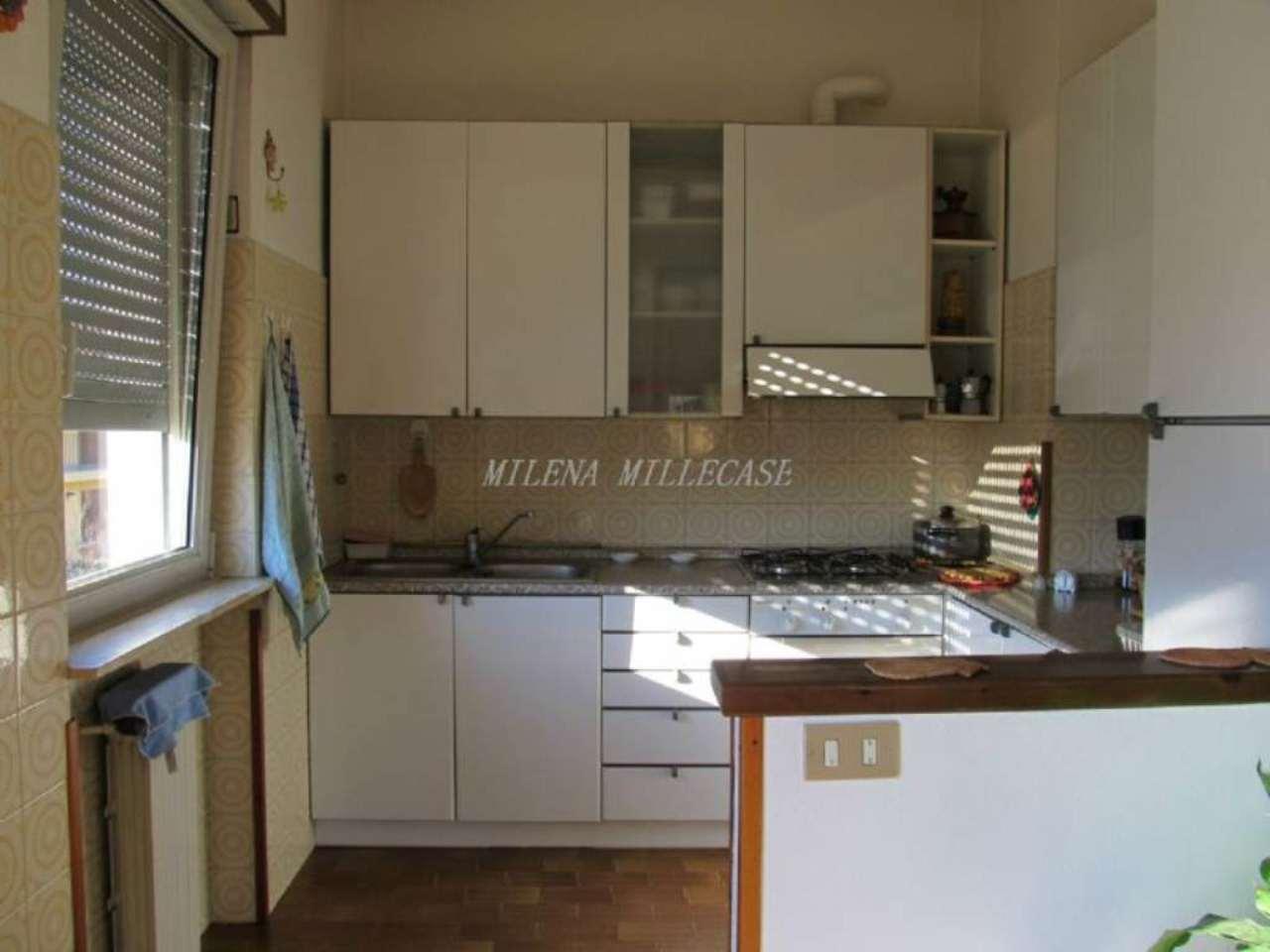 Villa in vendita a Inarzo, 5 locali, prezzo € 420.000 | Cambio Casa.it
