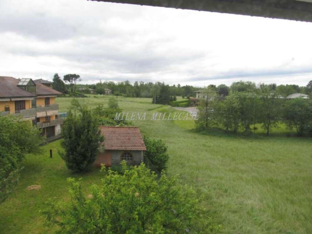 Palazzo / Stabile in vendita a Caronno Varesino, 8 locali, prezzo € 299.000 | Cambio Casa.it