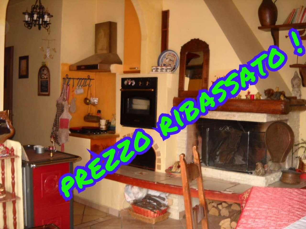 Soluzione Indipendente in vendita a Biandronno, 6 locali, prezzo € 120.000 | Cambio Casa.it