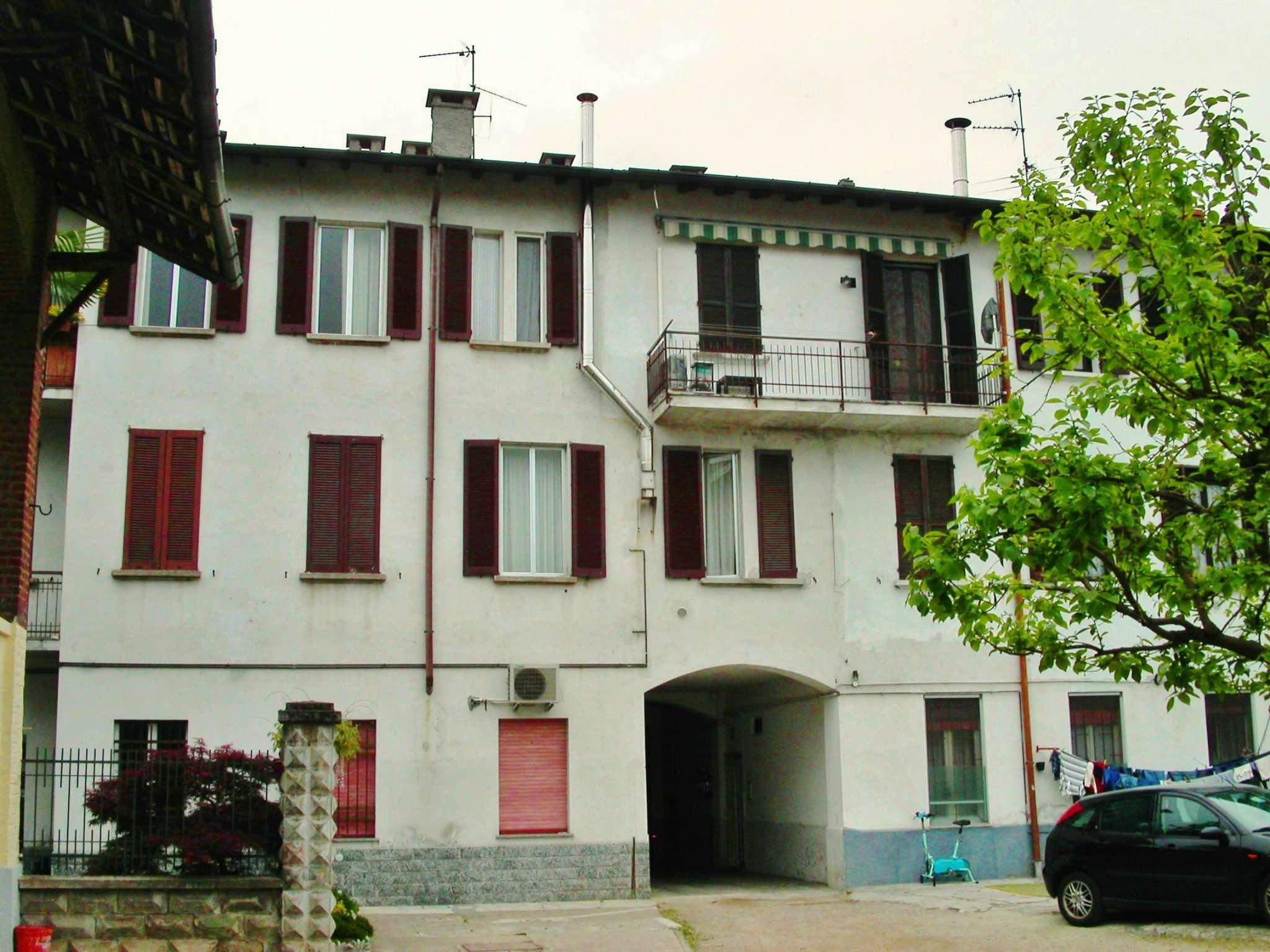Bilocale Ossona Piazza Litta Modignani 1
