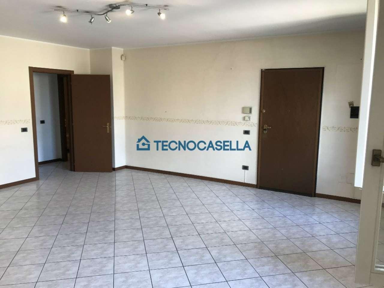 Appartamento in vendita a Sedriano, 3 locali, prezzo € 185.000 | CambioCasa.it