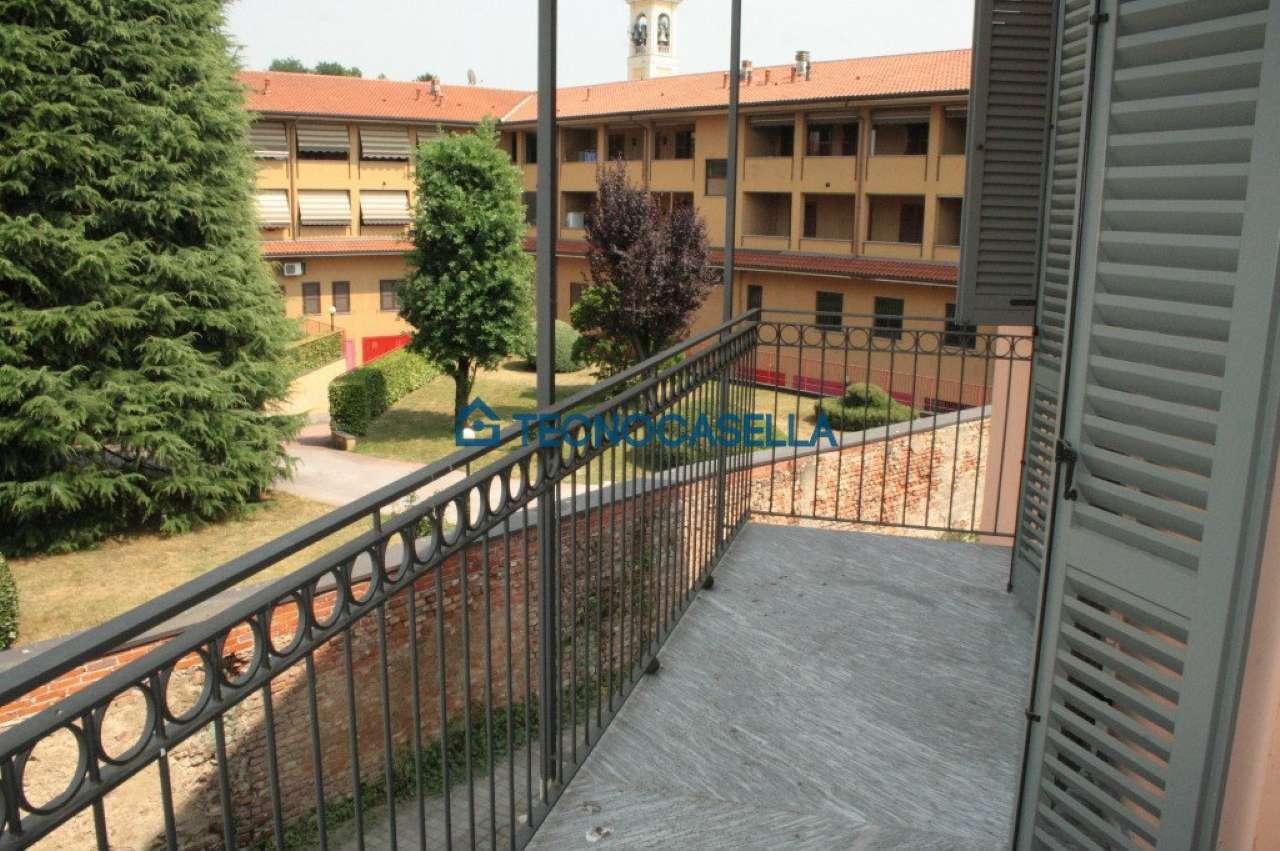 Bilocale Ossona Via Francesco Baracca 10