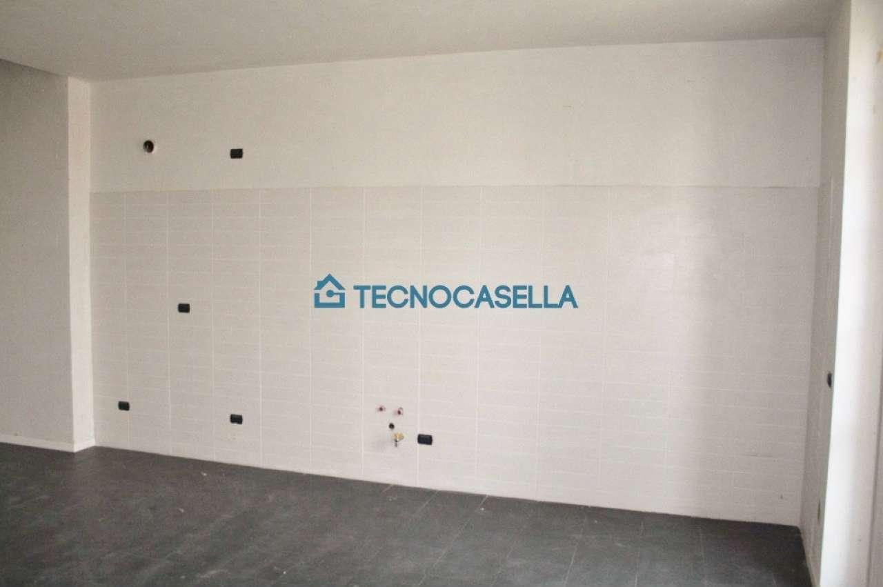 Bilocale Ossona Via Francesco Baracca 3