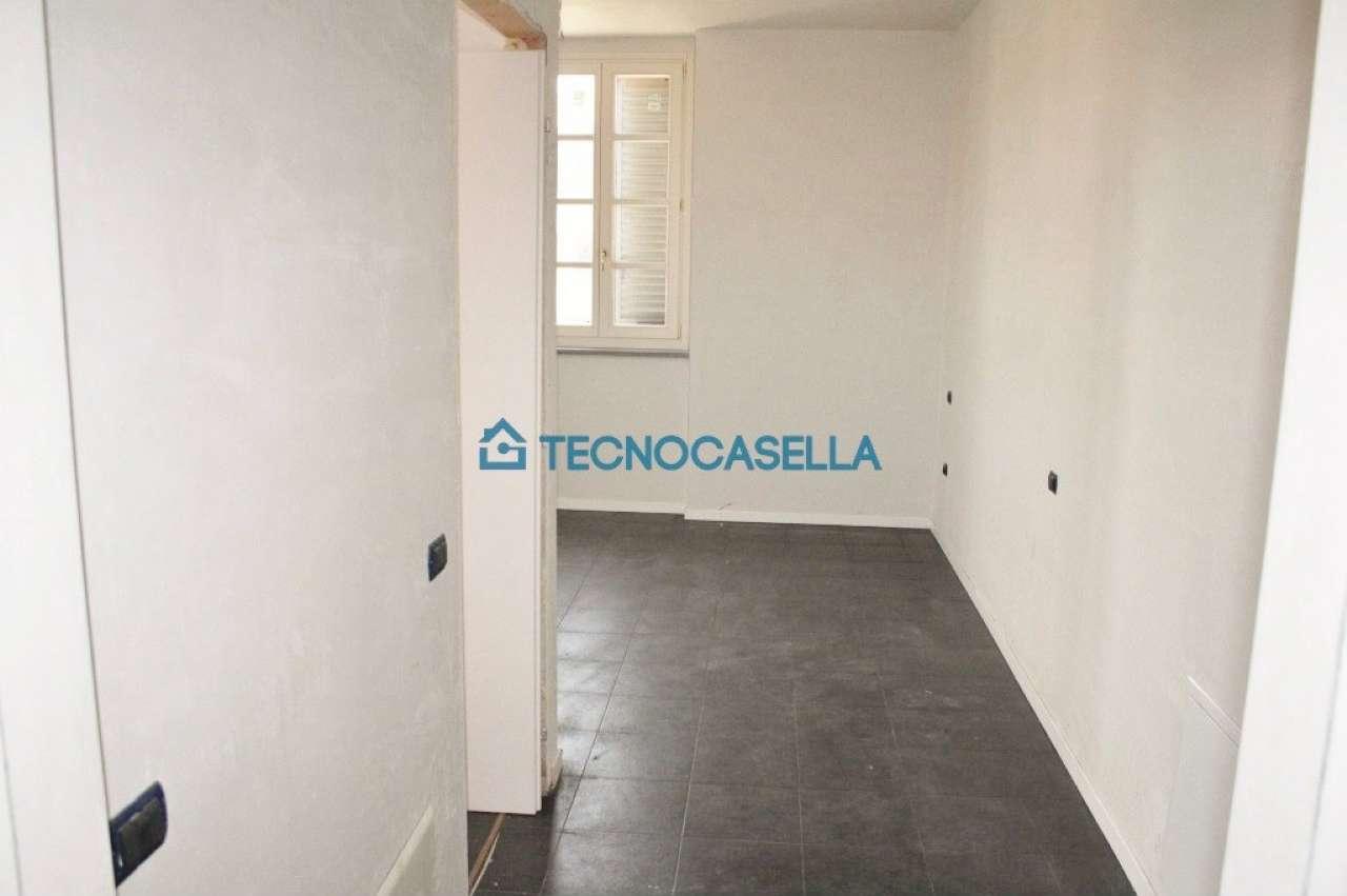 Bilocale Ossona Via Francesco Baracca 6