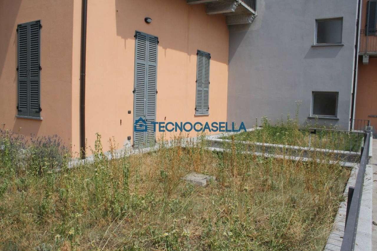 Bilocale Ossona Via Francesco Baracca 12