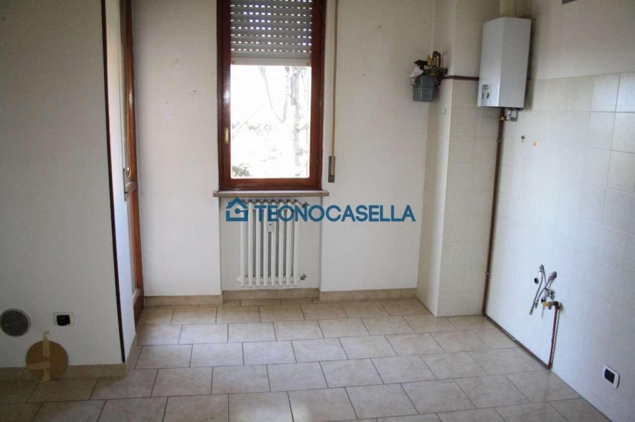 Bilocale Arluno Piazza Alcide De Gasperi 11