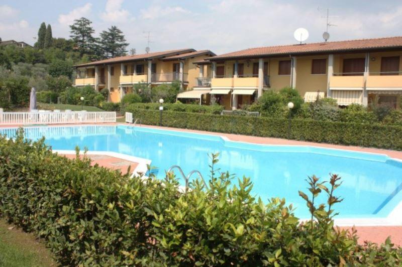 Appartamento in vendita a Padenghe sul Garda, 4 locali, prezzo € 330.000   Cambio Casa.it
