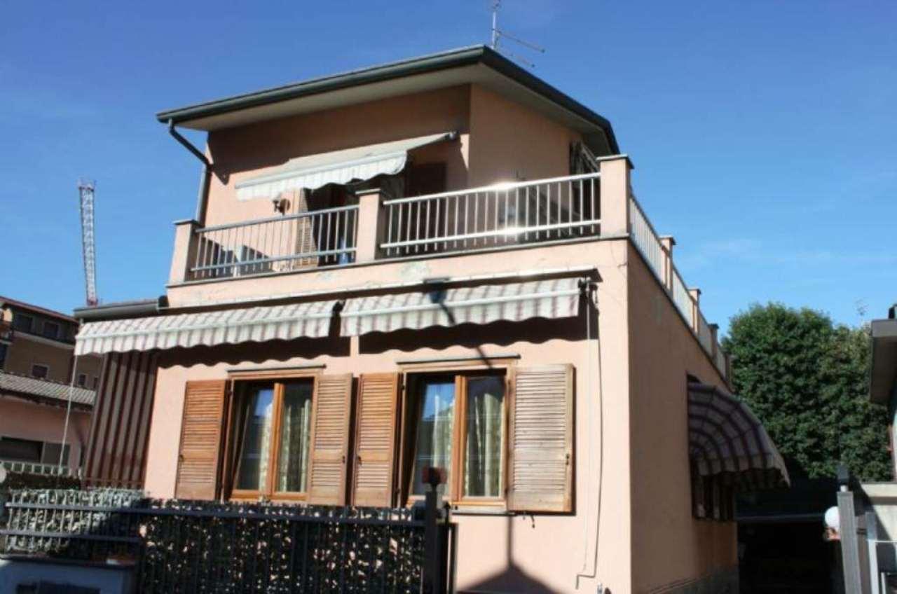 Villa Bifamiliare in Vendita a Cinisello Balsamo