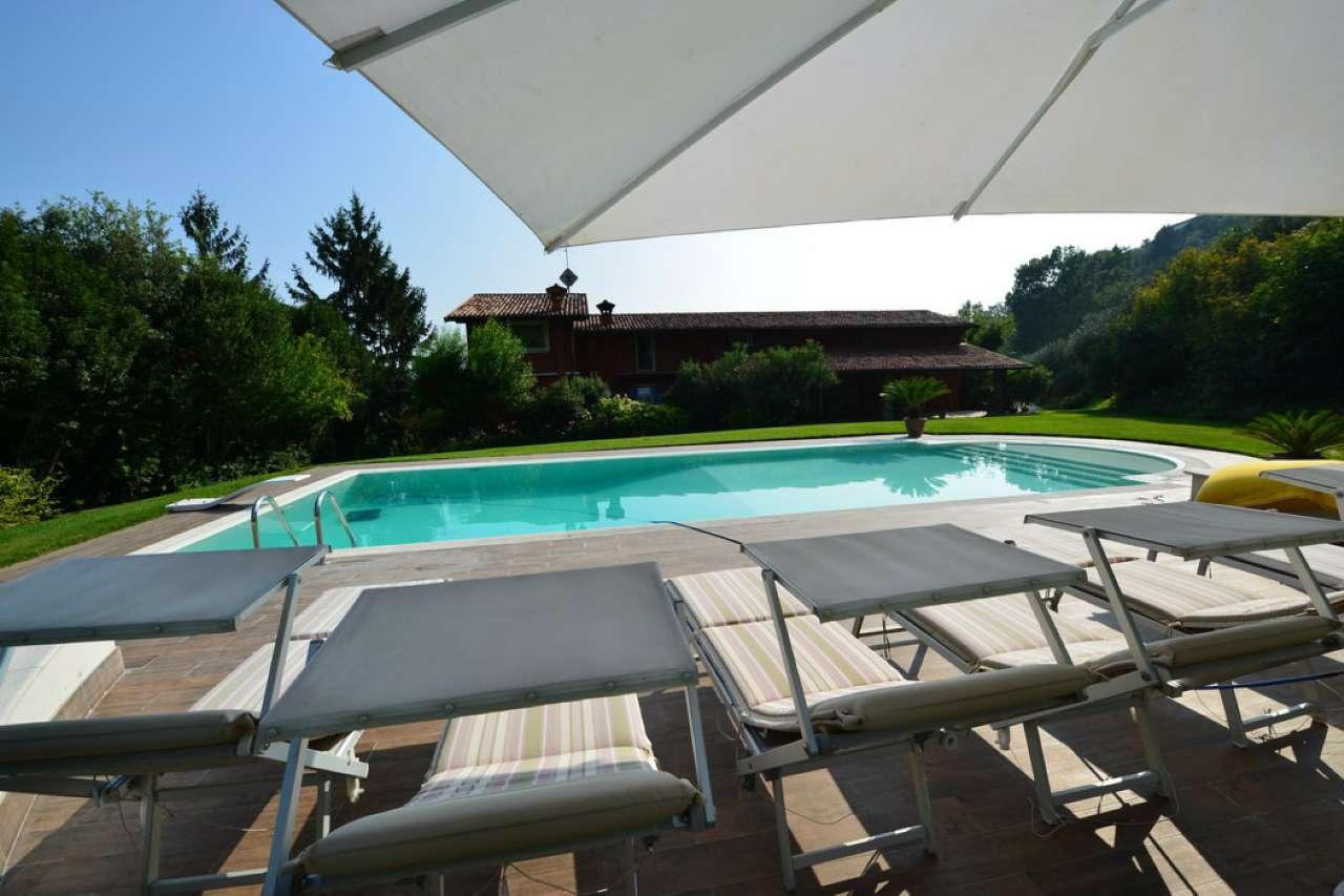 Villa in vendita a Salò, 12 locali, Trattative riservate | Cambio Casa.it