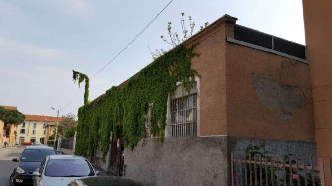 Capannone in vendita a Monza, 9999 locali, zona Zona: 4 . Regina Pacis, San Donato, prezzo € 250.000 | Cambio Casa.it