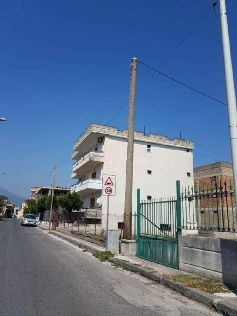 Appartamento in vendita a Poggiomarino, 3 locali, prezzo € 125.000 | Cambio Casa.it