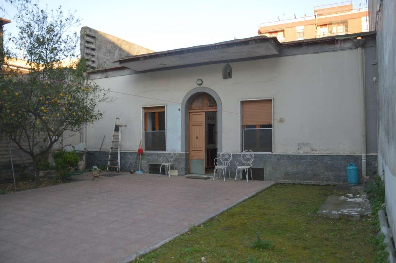 Soluzione Indipendente in vendita a Poggiomarino, 4 locali, prezzo € 195.000 | Cambio Casa.it