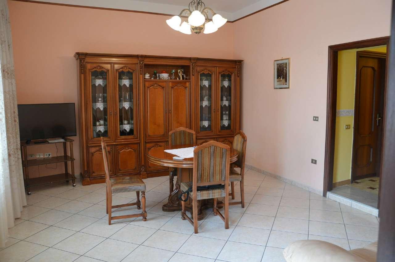 Appartamento in vendita a Poggiomarino, 4 locali, prezzo € 180.000 | Cambio Casa.it