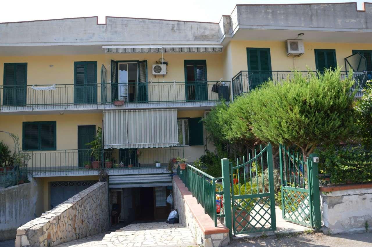 Casa carbonara di nola appartamenti e case in vendita a for Case in vendita nola