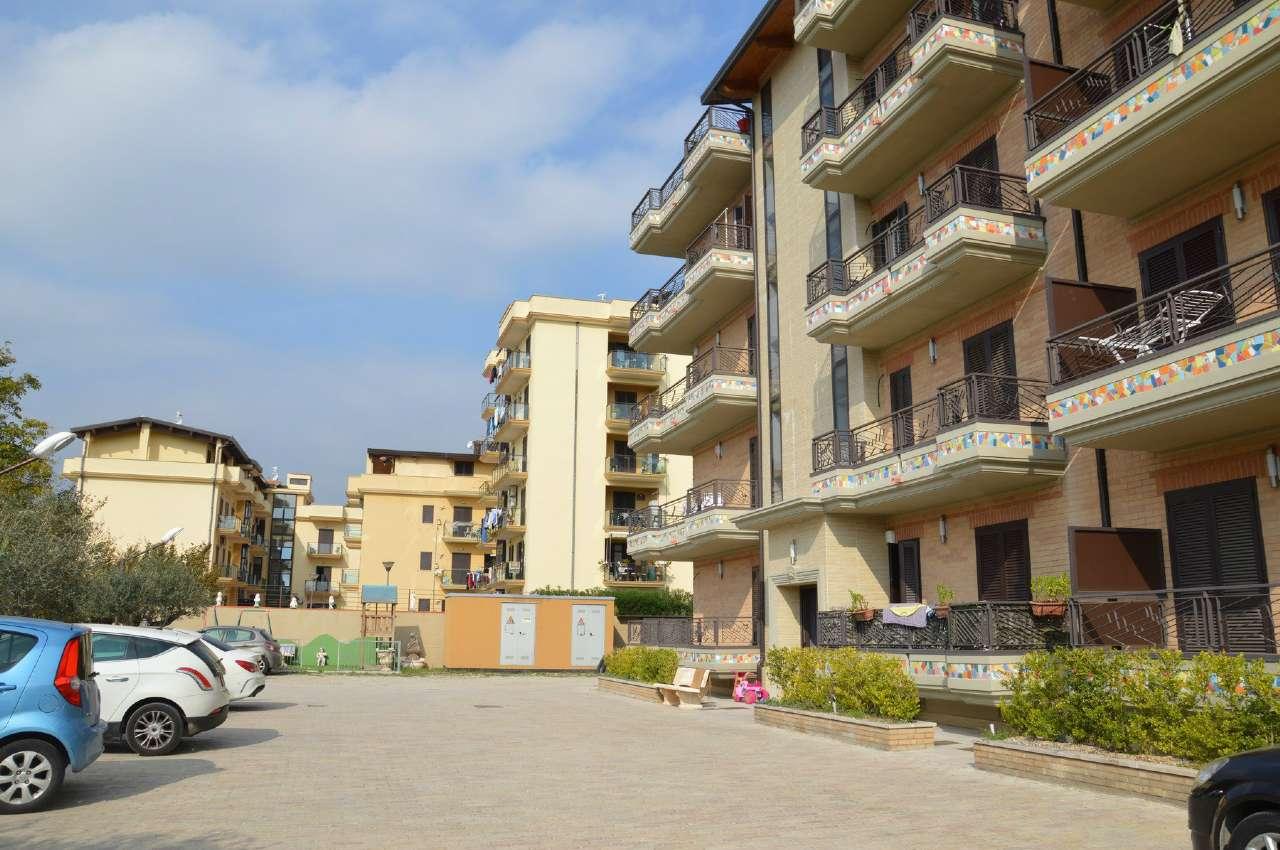 Attico / Mansarda in vendita a Poggiomarino, 3 locali, prezzo € 130.000   CambioCasa.it
