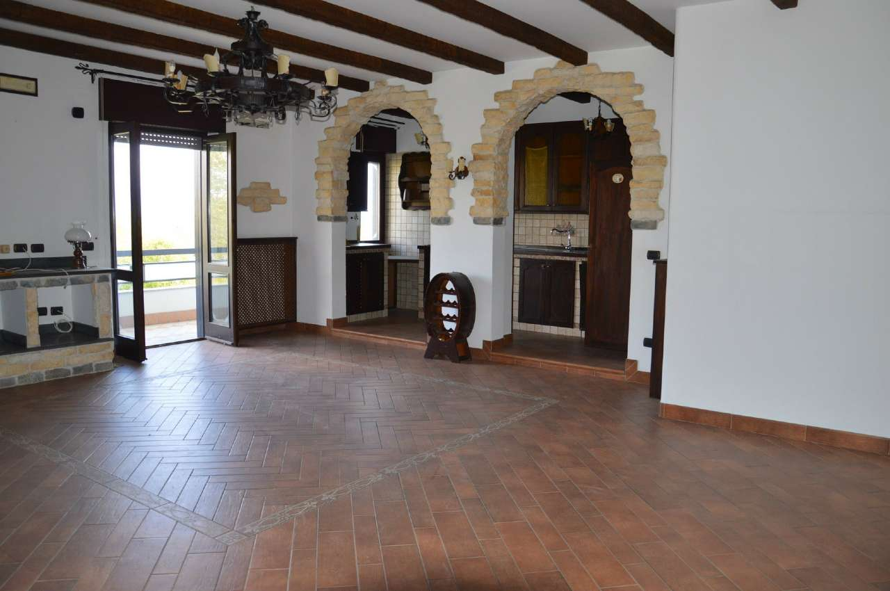 Appartamento in affitto a Terzigno, 4 locali, prezzo € 550 | CambioCasa.it