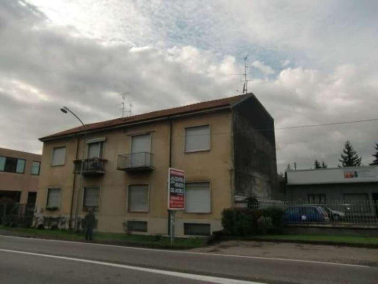 Soluzione Indipendente in vendita a Cesano Maderno, 5 locali, prezzo € 250.000 | Cambio Casa.it