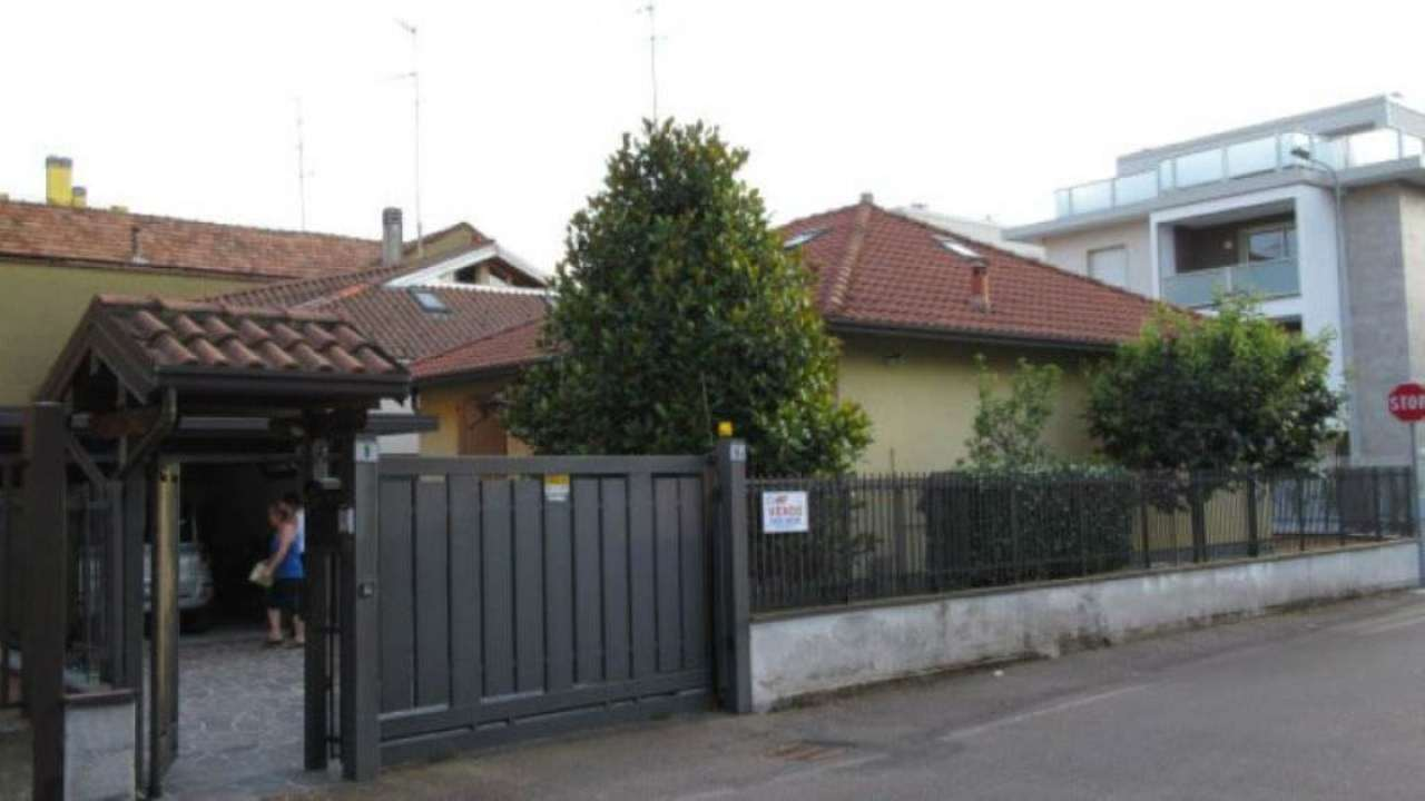 Villa in vendita a Bovisio Masciago, 3 locali, prezzo € 295.000 | Cambio Casa.it
