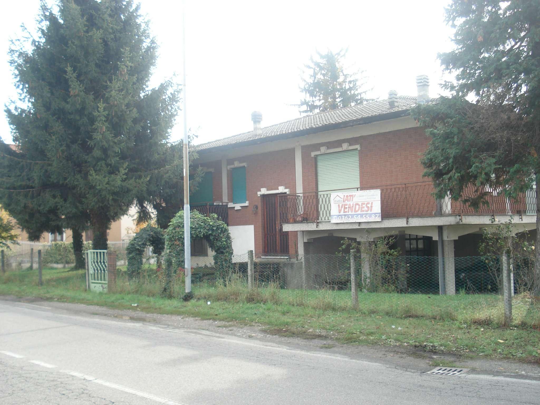 Soluzione Indipendente in vendita a Seveso, 5 locali, prezzo € 380.000 | CambioCasa.it