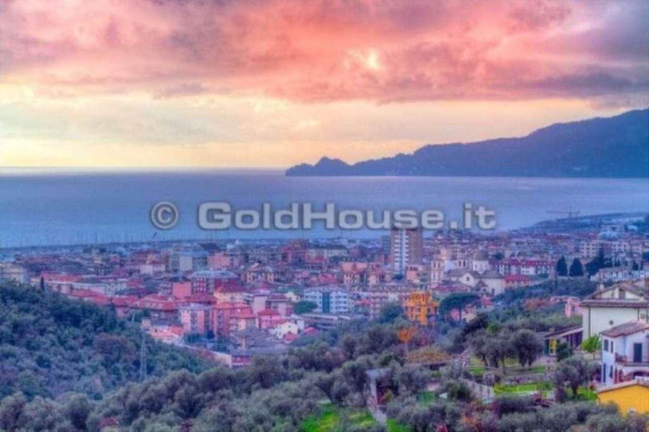 Villa in vendita a Lavagna, 9999 locali, prezzo € 1.000.000 | Cambio Casa.it