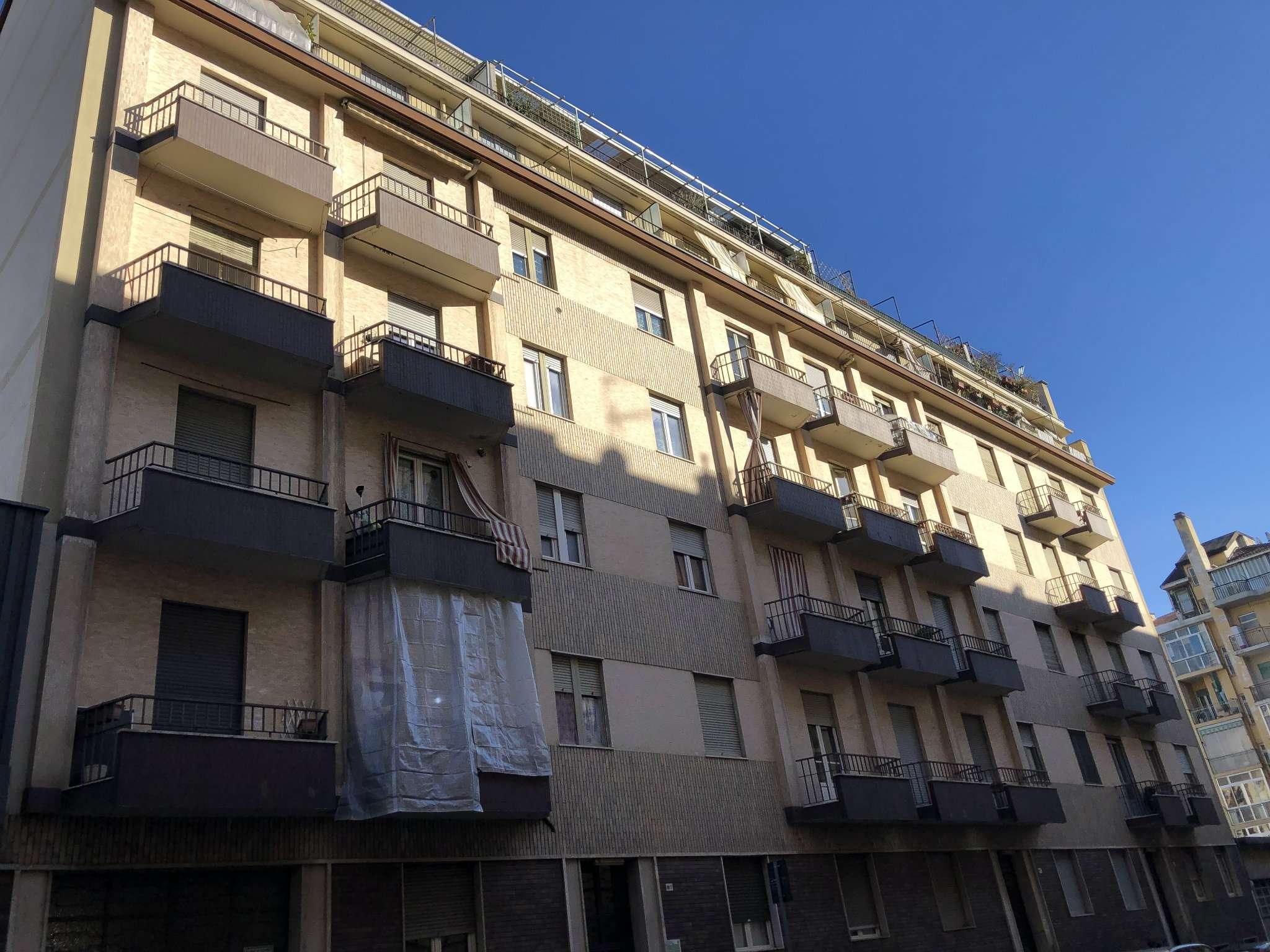 Foto 1 di Trilocale via Nizza 389, Torino (zona Lingotto)