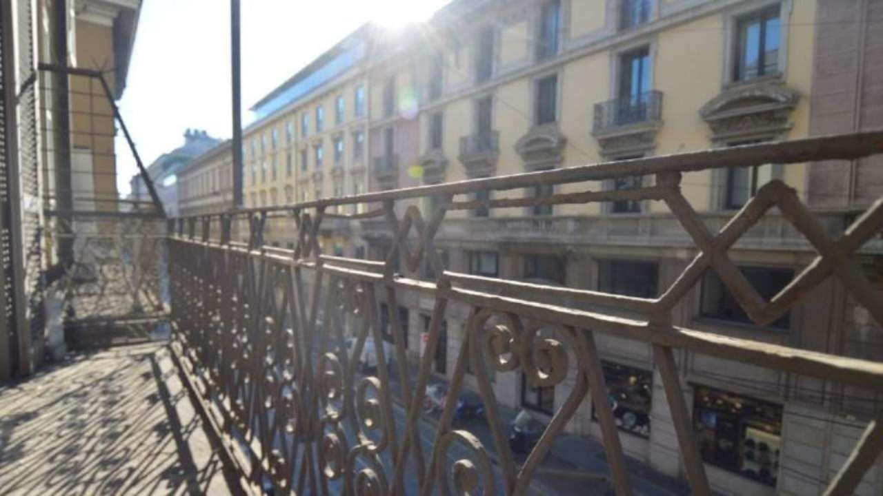 Bilocale Milano Via Via Dei Bossi 4