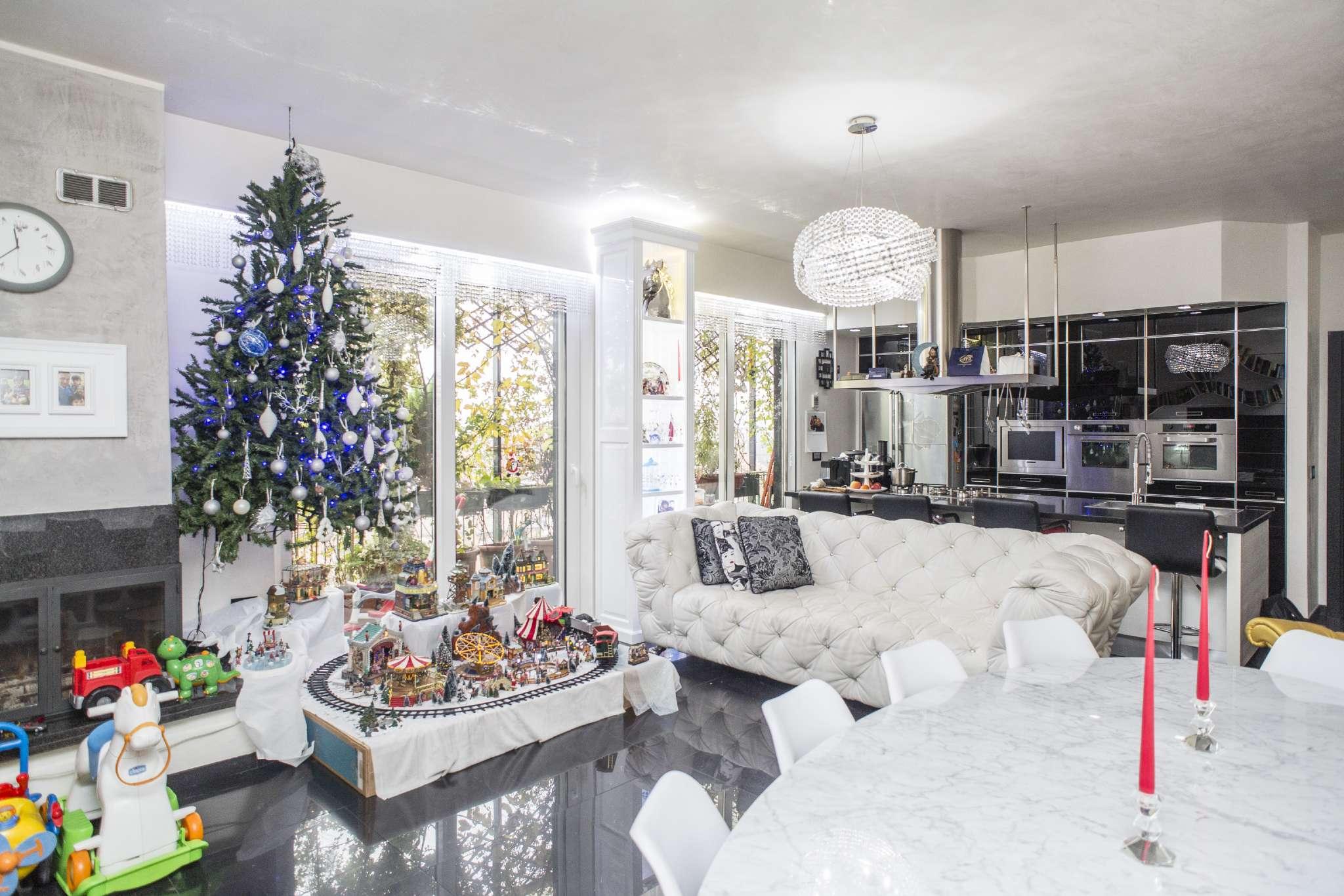 Appartamento in vendita 3 vani 125 mq.  via Via Novara  141 Milano